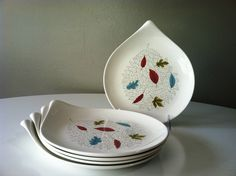 Would love to find a full set of these  -- Eva Zeisel fern pattern.
