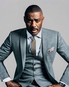 Okay, I have a confession: I'm fascinated by how fascinated women are with Idris Elba. You first met Elba in 2002 when he stepped onto the blocks of Baltimore in his breakout role as Stringer Mode Masculine, Sharp Dressed Man, Well Dressed Men, Suit Fashion, Mens Fashion, Idris Elba, Gq Magazine, Three Piece Suit, 3 Piece