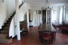 Regardez ce logement incroyable sur Airbnb : Guéthary Front de mer Villa XIXème - maisons à louer à Guéthary