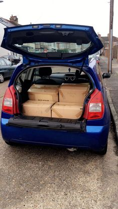 Saturday 18th November 2017: FINALLY it's moving day and I get to escape the hell hole that I've had to live in for the last 4 months. Managed to move all my things in Andy's little car in 3 trips, not too bad 😏