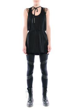 Legginsy - futurystyczne dwie czernie Peplum, Snoopy, Women, Fashion, Moda, Fashion Styles, Veil, Fashion Illustrations, Woman