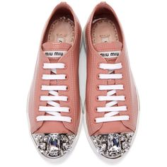 Miu Miu Pink Patent Crystal Sneakers (8.392.215 IDR) ❤ liked on Polyvore featuring shoes, sneakers, pink shoes, crystal sneakers, round cap, patent shoes and rubber sole shoes