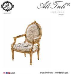 Hera Berjer | +90 212 297 04 70 #alitirli #berjer #nisantasi #versace #architecture #mimar #yemekmasasi #livingroomdecor #sandalye #home #istanbul #chair #persan #interiors #tablo #bufe #furniture #basaksehir #florya #mobilya #perde #yesilkoy #bursa #duvarkagidi #kumas #azerbaijan #ayna #luxury #luxuryfurniture #bergere