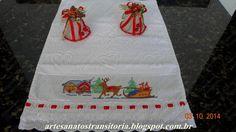 Ponto cruz  natalino em toalha de lavabo