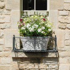 Read Full Simple Metal Window Boxes Design For Flower Basket Garden and Get Another Ideas Here >> Metal Window Boxes, Window Box Flowers, Flower Boxes, Flower Basket, Door Canopy Designs, Door Canopy Porch, Botanical Interior, Classic Window, Garden Basket