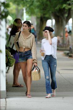 Emma Roberts Fashion Style : Photo