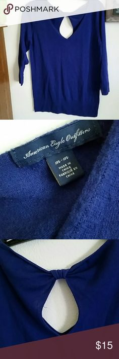 American Eagle Outfitters sweater Royal blue AEO 3/4 sleeve sweater, light but warm fabric, perfect for winter layering or cute by itself, bow topped keyhole back adds a sweet feminine flare to this top, gently used, no stains, holes, tears or snags, sz. Med., v-neck front American Eagle Outfitters Sweaters V-Necks