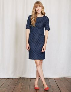 Can you really call it a wardrobe if it doesn't contain a trusty denim dress? We don't think so. In a classic shift dress shape, we added subtle slide slits for a modern twist. It has an exposed zip with a grosgrain pull because we love those special finishing touches.