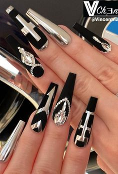 48 of These Black Coffin Nails Art Enhancements are The Most Fashionable - Lily Fashion Style Bling Acrylic Nails, Black Coffin Nails, Best Acrylic Nails, Stiletto Nails, Black Manicure, Long Black Nails, Ongles Bling Bling, Bling Nails, Sexy Nails