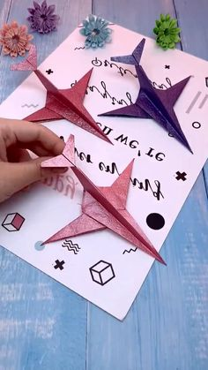 Paper Folding Art, Paper Crafts Origami, Diy Crafts Hacks, Diy Arts And Crafts, Diy Doll Suitcase, Origami Bookmark, Origami Tutorial, Easy Crafts For Kids, Ideas
