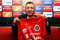 JORGE VERGARA DISPUESTO A VENDER AL GUADALAJARA || El dirigente de las Chivas, Jorge Vergara, dice que si hay alguien con dinero y más capacidad estaría dispuesto a vender al equipo tapatío.