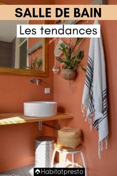77 Art Deco Bathroom Design Ideas The New Way Of Colouring The Bathroom 7 - myhomeorganic Art Deco Bathroom, Bathroom Red, Boho Bathroom, Bathroom Colors, Modern Bathroom, Small Bathroom, Orange Bathroom Decor, Red Bathrooms, Parisian Bathroom