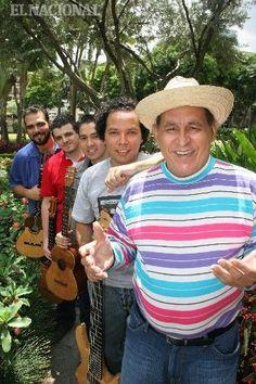 Gualberto Ibarreto y el grupo ensamble C4 Trío. Caracas  31-08-2010 (MANUEL SARDA / EL NACIONAL)