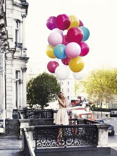 Clemence Poesy photographed by David Oldham for Glamour UK- I just LOVE balloons! Clemence Poesie, Ballons Fotografie, Style Blog, Reason To Breathe, Love Balloon, Balloon Shop, Colourful Balloons, Big Balloons, Birthday Balloons