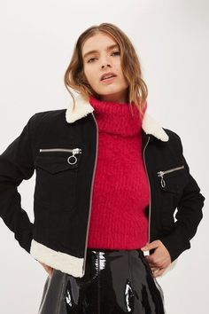 The classic borg jacket is updated with this cropped design, complete with stylish borg collar and hem. In black denim, it features two chest pockets with ring zips and ample borg-lined interior.