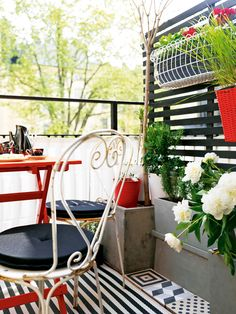 belle maison: Cozy Outdoor Living for Small Spaces