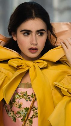 Lily Collins in Mirror Mirror Princess Aesthetic, Celebrity Wallpapers, Celebs, Celebrities, Mannequins, Beautiful Actresses, Belle Photo, Pretty People, Beauty And The Beast