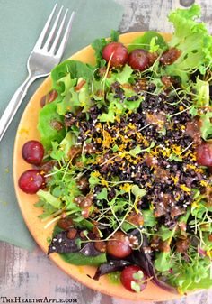 Black Rice and Red Grape Detox Salad {Vegan, Gluten-Free} #glutenfree