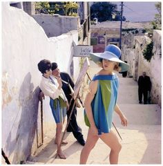 Celia Hammond in summer smock by Gottex, hat by Christian Dior Chapeaux. Photo by Eugene Vernier for Vogue UK, July 1962