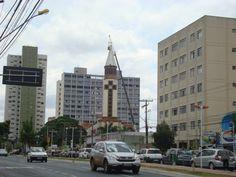 Catedral Metropolitana. Rua 10, Setor Sul.