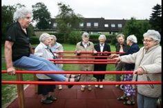 Meer dan 8.500 speeltuinen, indoor speeltuinen, pretparken, dierentuinen, waterparken en buitensport-gelegenheden in heel Nederland op Plekcheck! | Home