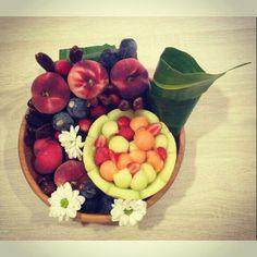 Bouquets fruits and flowers by art de fruita