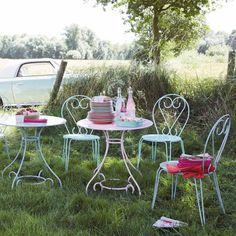 Table de jardin en métal rose D ... - Mary