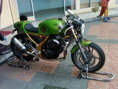 Kawasaki Ninja 250 Cafe Racer