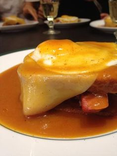 Francesinha This is a traditional sandwich from north of Portugal.