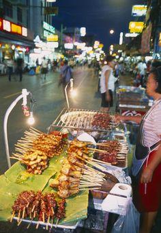 Street food - Mobile food stand, Bangkok, Thailand | David Noton Photography