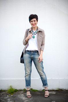 Como variar seu look básico de sempre com 3 ideias simples que envolvem truques de estilo e poucos acessórios!