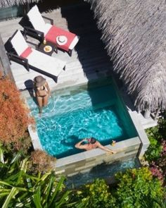 Pequena piscina Your Garden Pool Suite at the InterContinental Moorea Resort features a private plunge pool Small Swimming Pools, Small Backyard Pools, Small Pools, Swimming Pools Backyard, Small Backyards, Backyard Pergola, Small Patio, Mini Piscina, Pool Spa