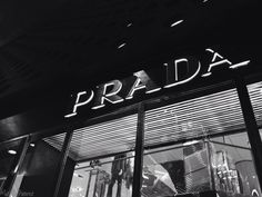 Saw the Prada store when I went to Vegas!! Pic taken by @Tati1D5 plz give cred :)