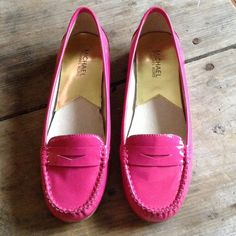 """Spotted while shopping on Poshmark: """"MK  'Winsor' Loafer Hot Pink Patent 8.5""""! #poshmark #fashion #shopping #style #Michael Kors #Shoes"""