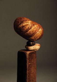 Bread—Apartamento Magazine Ana Domínguez & Omar Sosa—Photography by Nacho Alegre