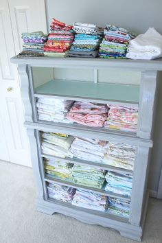 Cute vintage shelves    http://camerasandchaos.blogspot.ca/2012/02/free-storagealways-good-thing.html