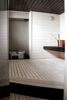 Kotipalapeli -sauna after renovation Modern Saunas, Sauna Shower, Sauna Design, Finnish Sauna, Steam Sauna, Sauna Room, Spa Rooms, Infrared Sauna, Extra Seating