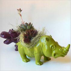 Animal planter