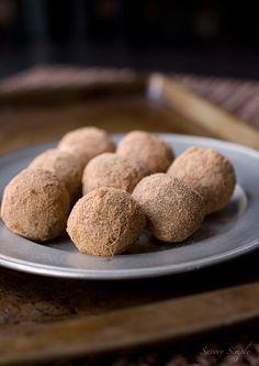Chocolate Malt Truffles ~ @Jenn L Farley | Savory Simple #recipe