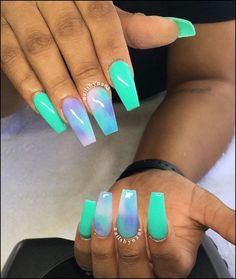 In seek out some nail designs and some ideas for your nails? Here's our list of must-try coffin acrylic nails for trendy women. Summer Acrylic Nails, Best Acrylic Nails, Coffin Nails Designs Summer, Aycrlic Nails, Gradient Nails, Glow Nails, Nail Swag, Perfect Nails, Gorgeous Nails