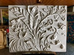 Bas-relief gyps Scagliola - Floral design with Butterfly Wall Sculptures, Wall Art Decor, Animal Print Rug, Floral Design, Artisan, Frame, Butterfly, Home Decor, Furniture