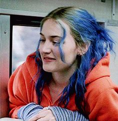 Kate Winslet - Eternal Sunshine of the Spotless Mind Clementine Eternal Sunshine, O Samara, Storyboard, Manic Pixie Dream Girl, A Series Of Unfortunate Events, Chef D Oeuvre, Human Emotions, Gifs, Kate Winslet