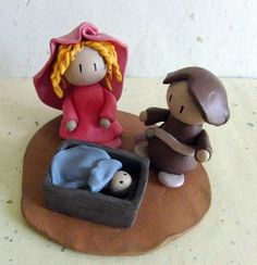 Cute nativity scene ~ something for me to try for the holiday season!