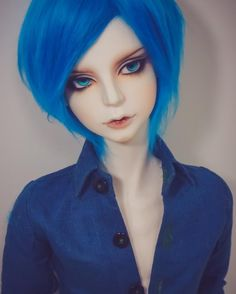 oshiokidesuka: Rin sporting his new wig~ I'm not used to handling such thick fur wigs, so it took me a while to get it back to his usual hairstyle. :'D But it looks and feels amazing, and it's much easier to manipulate compared to the old one too! #abjd #bjd #dreamofdoll #dod
