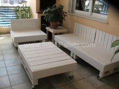 terrace lounge1 600x450 Terrace lounge in pallet home decor pallet furniture pallet outdoor project diy pallet ideas with Sofa Pallets Lounge