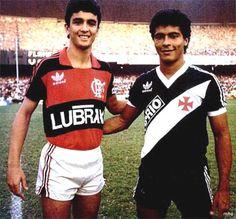 Bebeto e Romário. Flamengo x Vasco (1986). Ambos iniciando suas carreiras. Posteriormente viriam a ser titulares da Seleção na Copa de 1994.