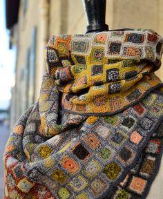 echape wool concrete by Sophie Digard • petiteparis