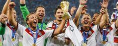 Wir sind Champions: Die Fifa WM Trophäe im Louis Vuitton Koffer http://wohnenmitklassikern.com/klassich-wohnen/wir-sind-champions-die-fifa-wm-trophae-im-louis-vuitton-koffer/