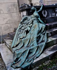 """This most valued bronze masterpiece by the sculptor Apollonio, dedicated to the Calcagno family is to be seen at the Pontasso above the monumental Arcades. The statue lying on the steps, depositing a last flower on the grave, is the personification of Sorrow."""