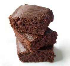 Wacky Chocolate Cake (vegan oil-free)